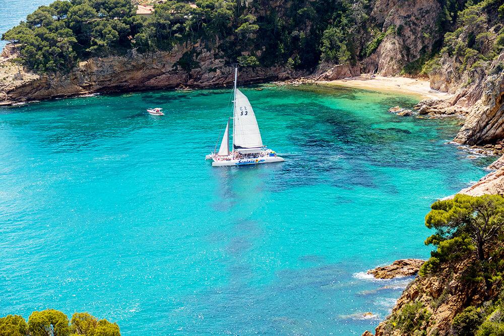 salida-compartida-en-catamaran-costa-brava-11