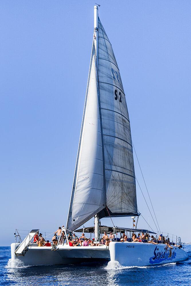 salida-compartida-en-catamaran-costa-brava-9