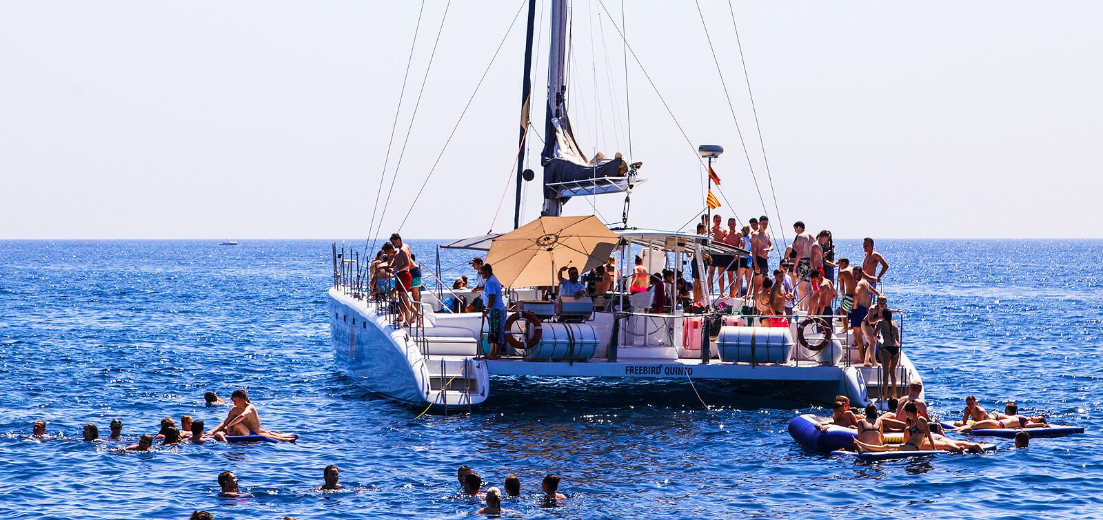 salidas-para-grupos-catamaran-t
